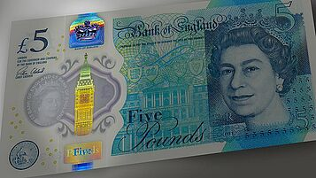 England 5 Pounds with KINEGRAM COLORS